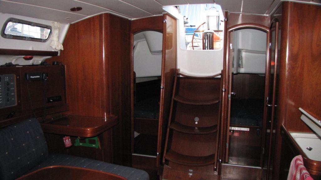 alquiler de yates en ibiza - Oceanis 423