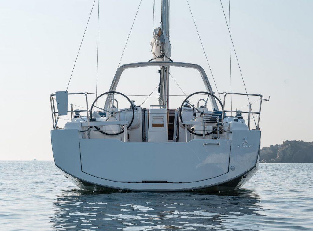 alquiler de yates en ibiza - oceanis 38