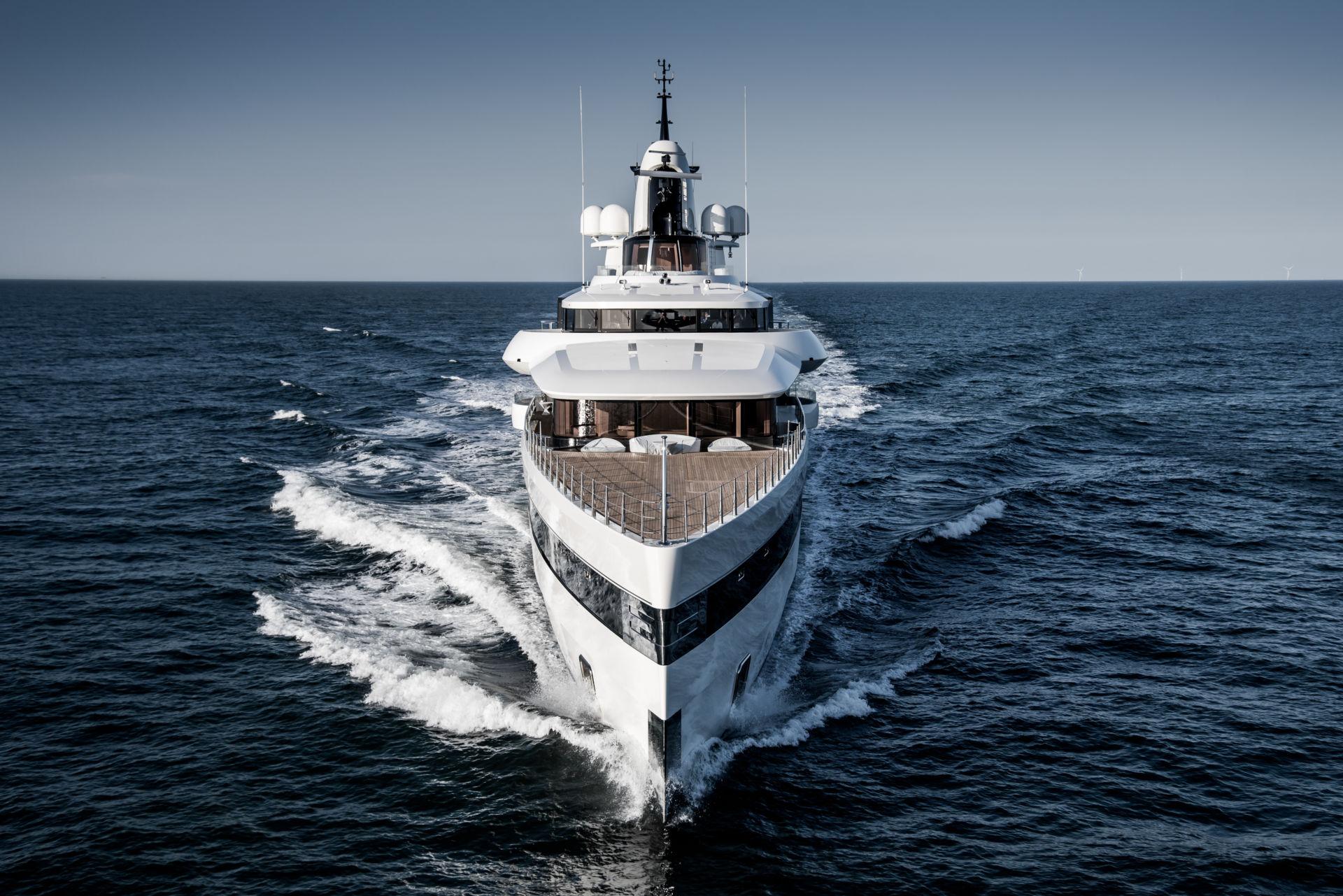 Alquiler de barcos y yates de lujo en Ibiza. Barcos de alquiler en Ibiza y Formentera.