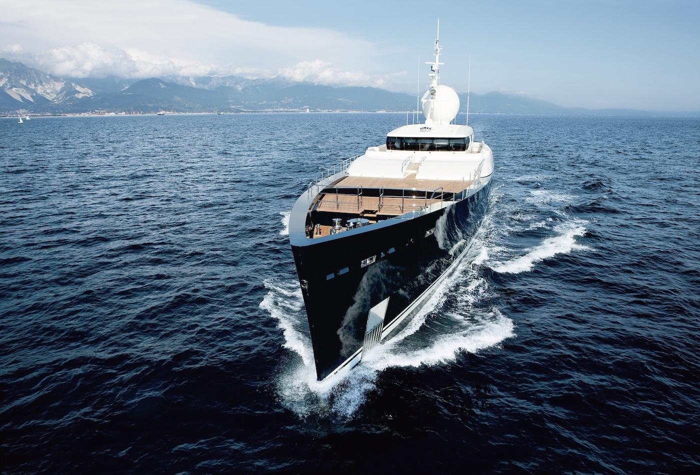 Yate de lujo de alquiler Galileo G. Barcos baratos de alquiler en Ibiza
