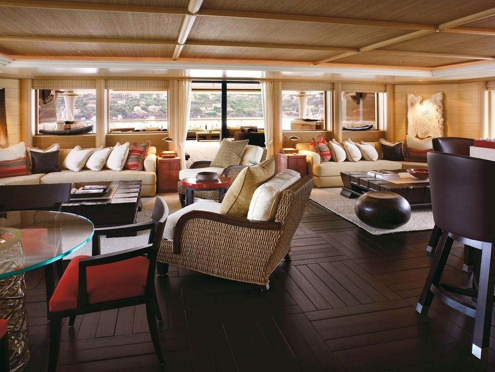 Alquiler de yates de lujo en Ibiza. Alquiler de barcos de lujo en Ibiza