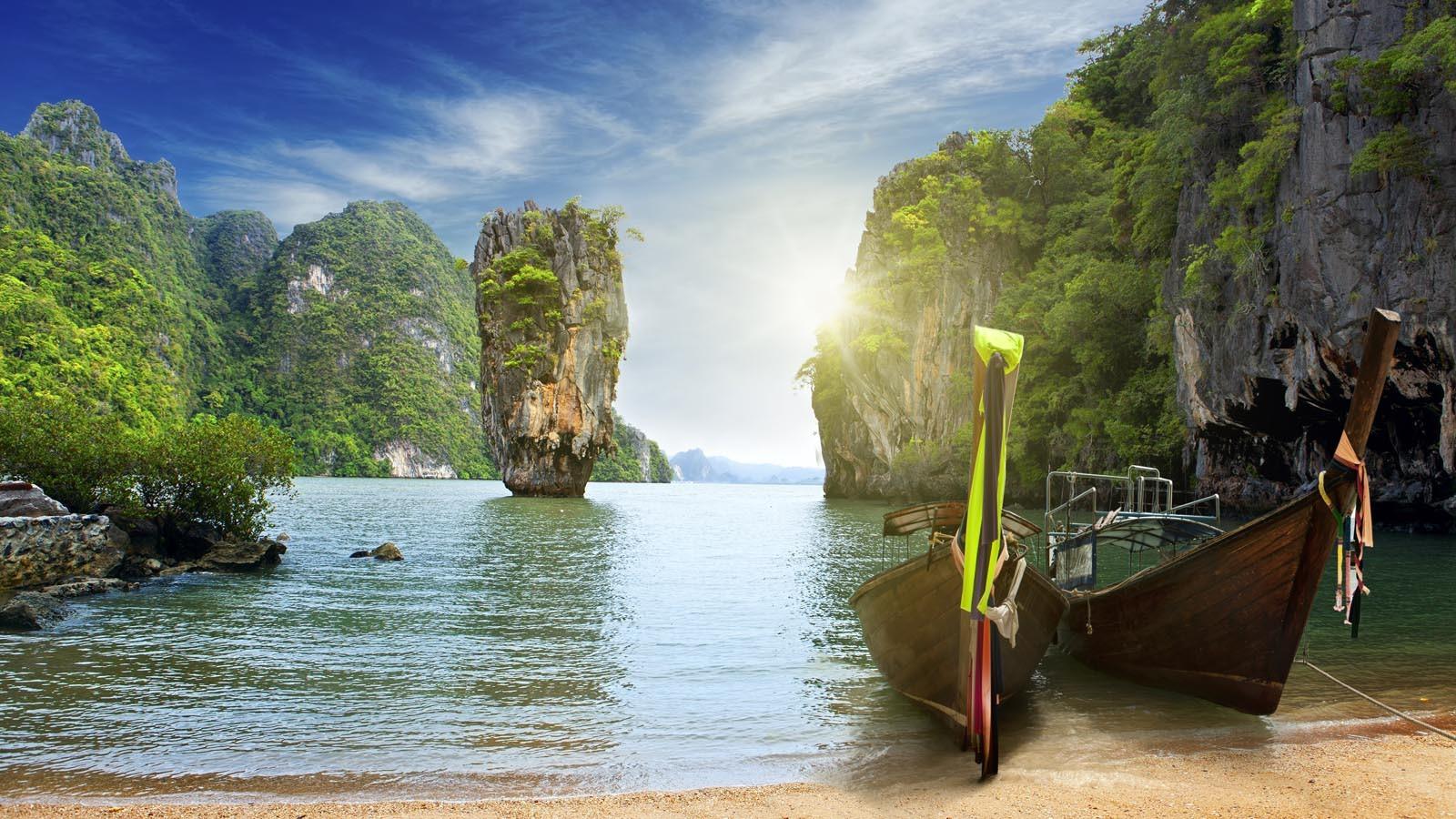 Alquiler de yates en Phuket. Yates de alquiler en Phuket. Barcos baratos de alquiler en Phuket