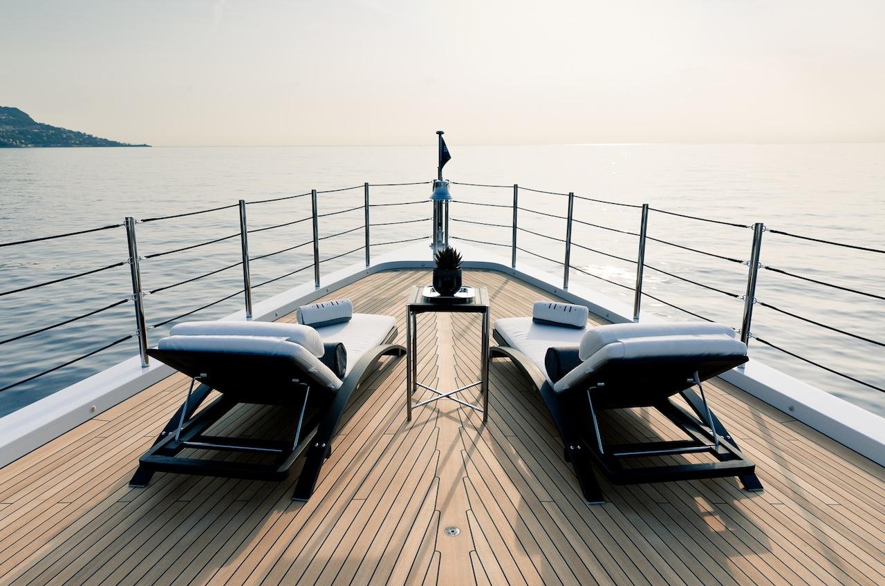 Alquiler de yates de lujo Benetti. Alquiler de barcos de lujo Benetti. Superyates de alquiler benetti.