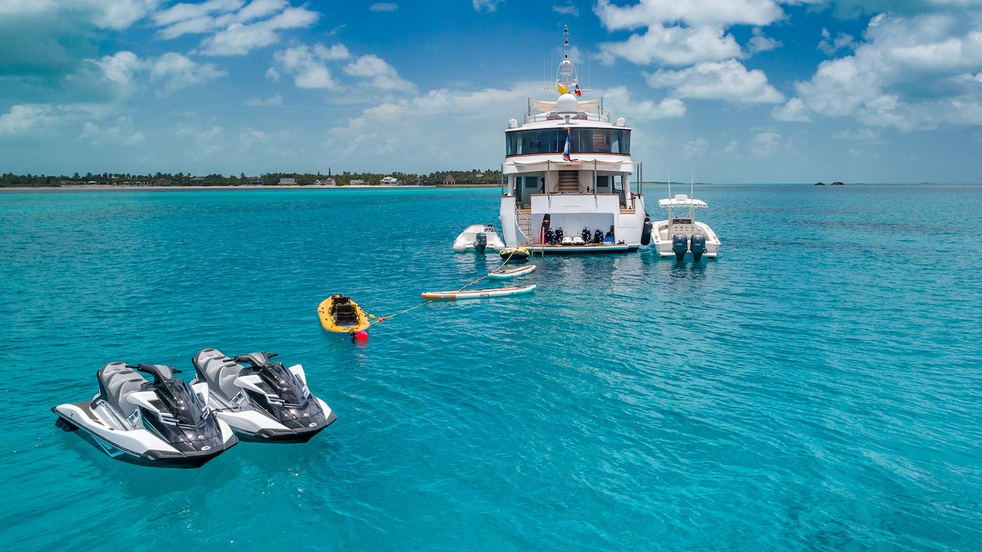 Alquiler de yates de lujo en Bermudas. Alquiler de superyates de lujo en Bermudas. Barcos baratos de alquiler en Bermudas.
