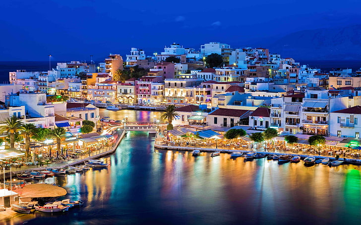 Alquiler de yates en Creta. Alquiler de barcos en la Isla de Creta. Yates de lujo en Creta