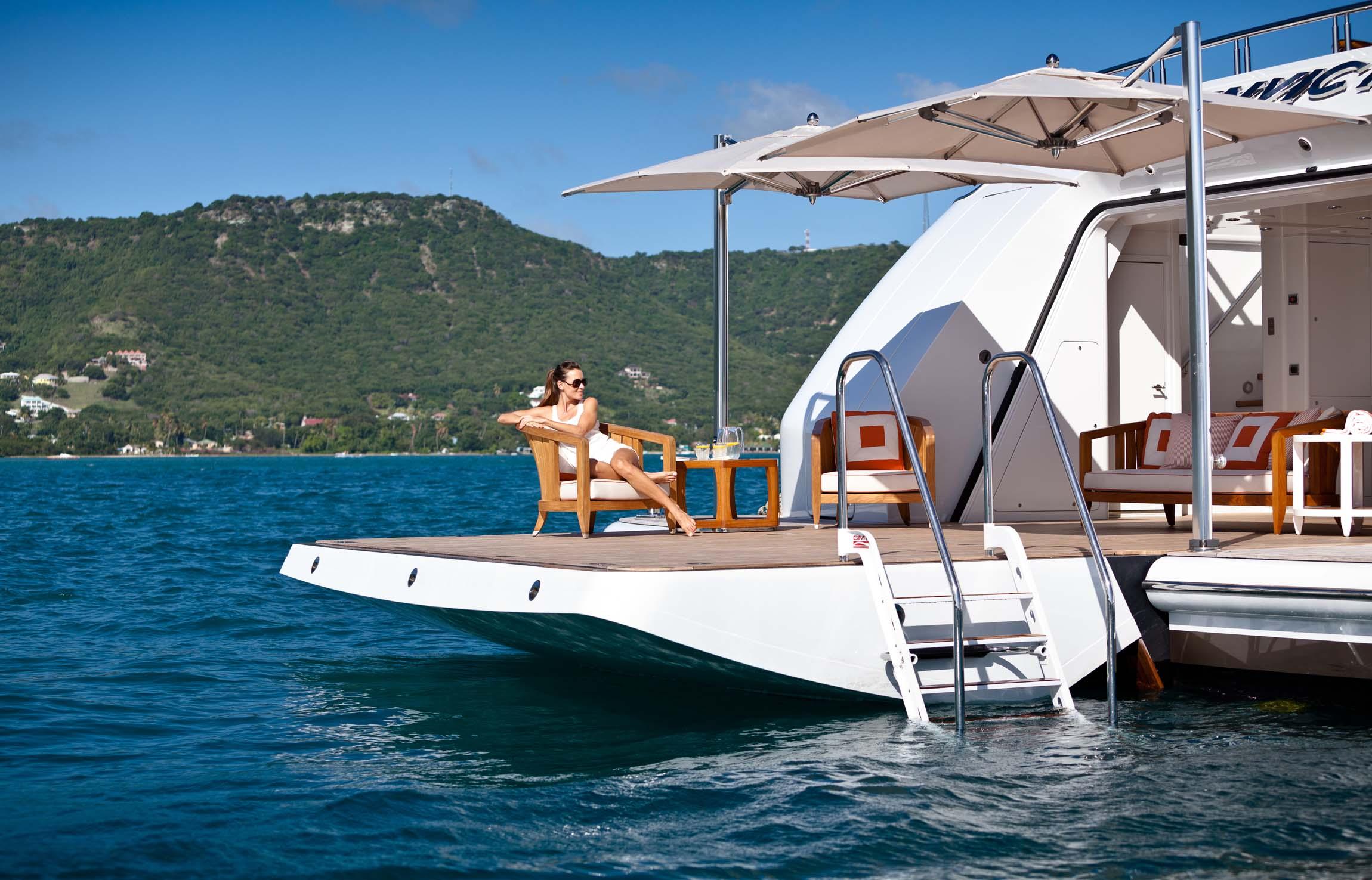 Alquiler de yates Delta Marine en Ibiza. Alquiler de barcos baratos Delta Marine en Ibiza