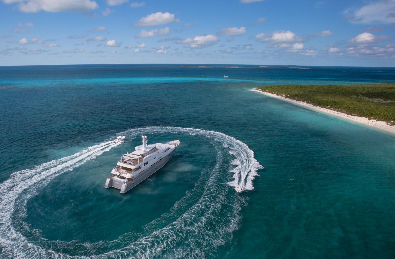 Alquiler de yates de lujo en la polinesia Francesa. Barcos baratos de alquiler en Polinesia francesa