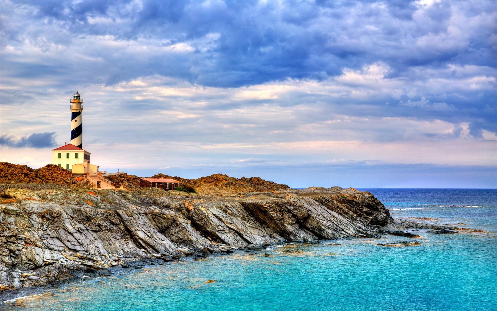Alquiler de yates en Menorca. Alquiler de barcos en Menorca. Barcos baratos de alquiler. Alquiler de superyates en Menorca