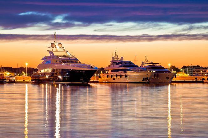 Alquiler de barcos y yates de lujo en Grecia. Alquiler de barcos baratos en Grecia