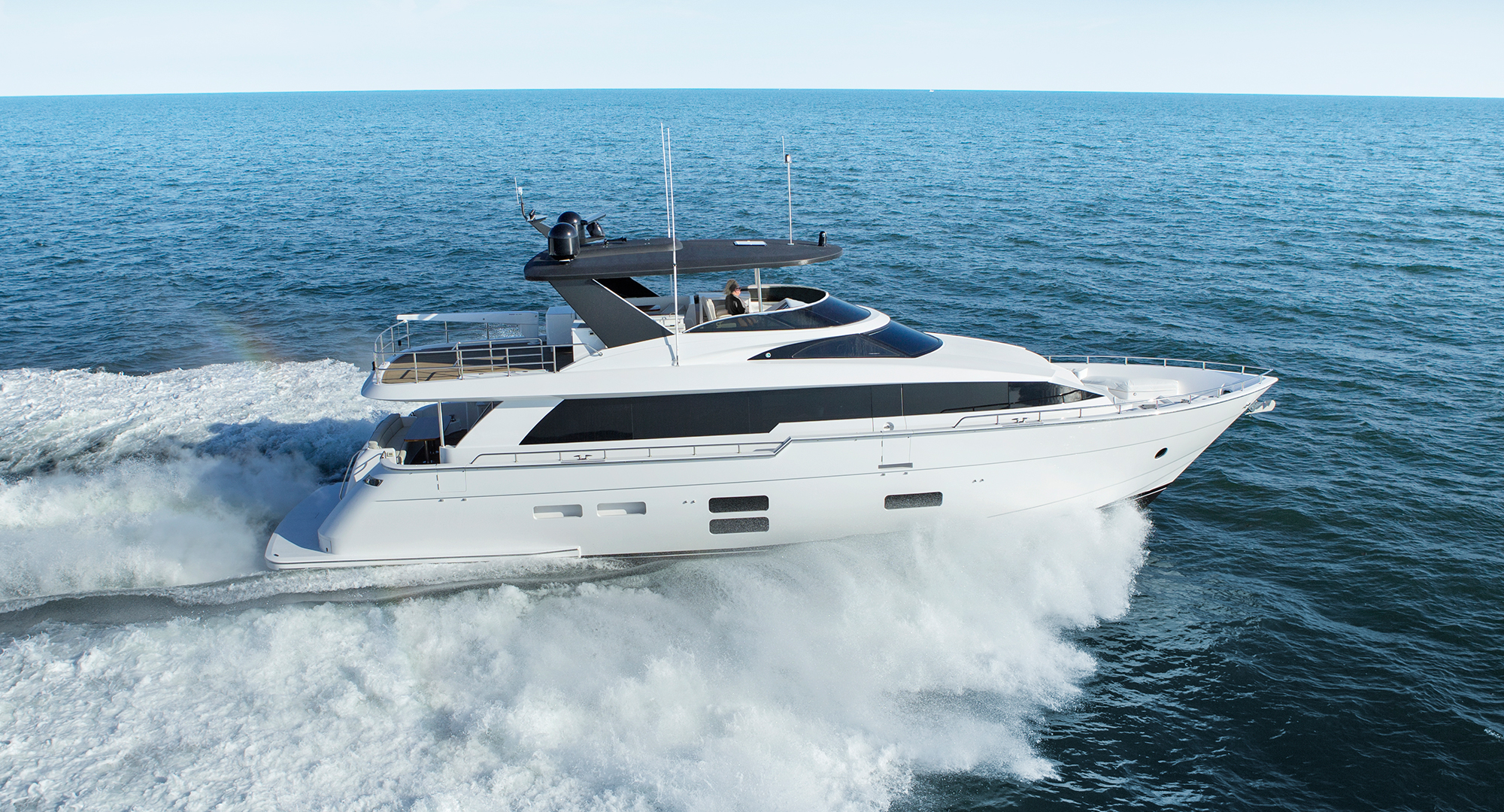 Alquiler de yates Hatteras Yachts