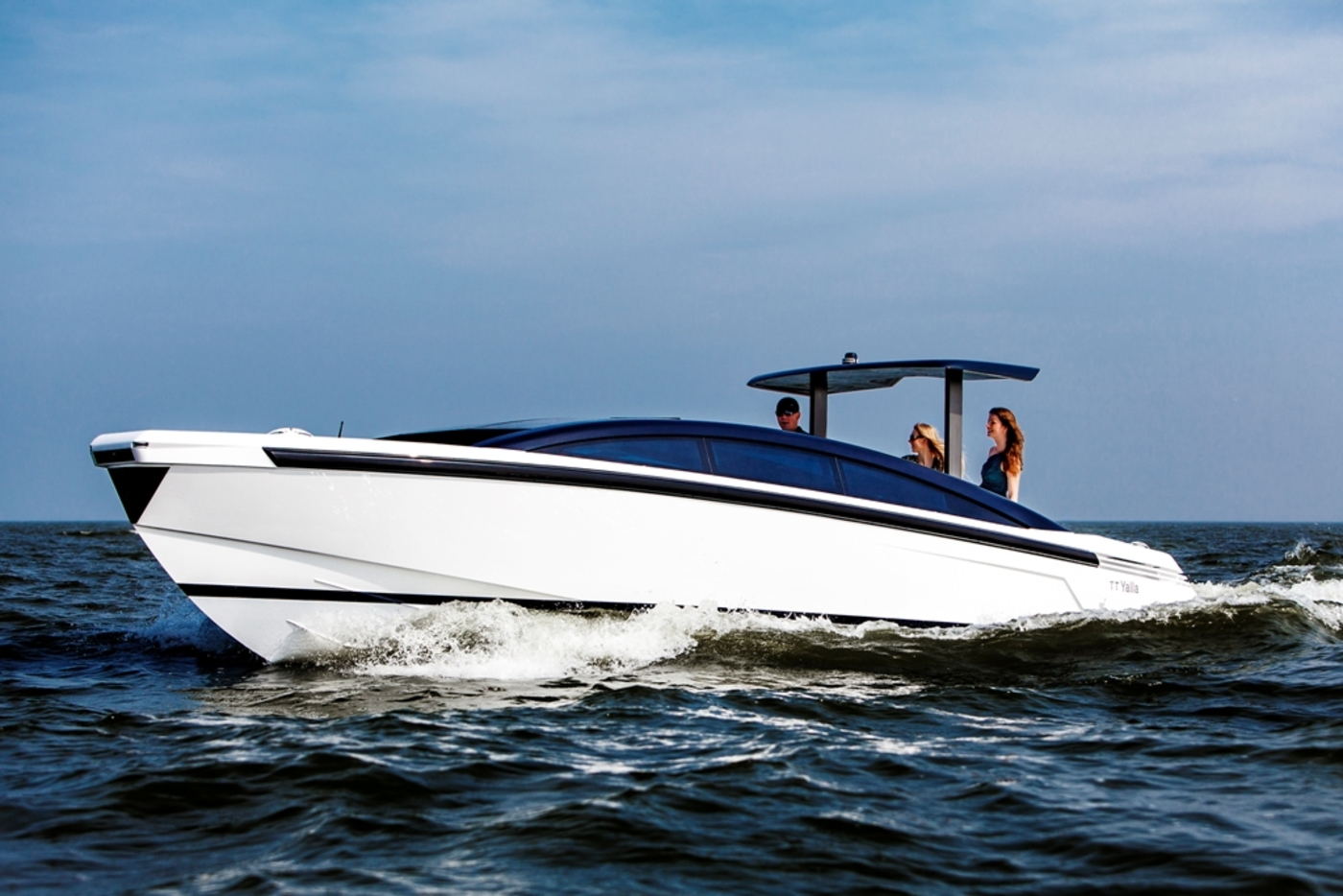 Younique Yachts' Tender