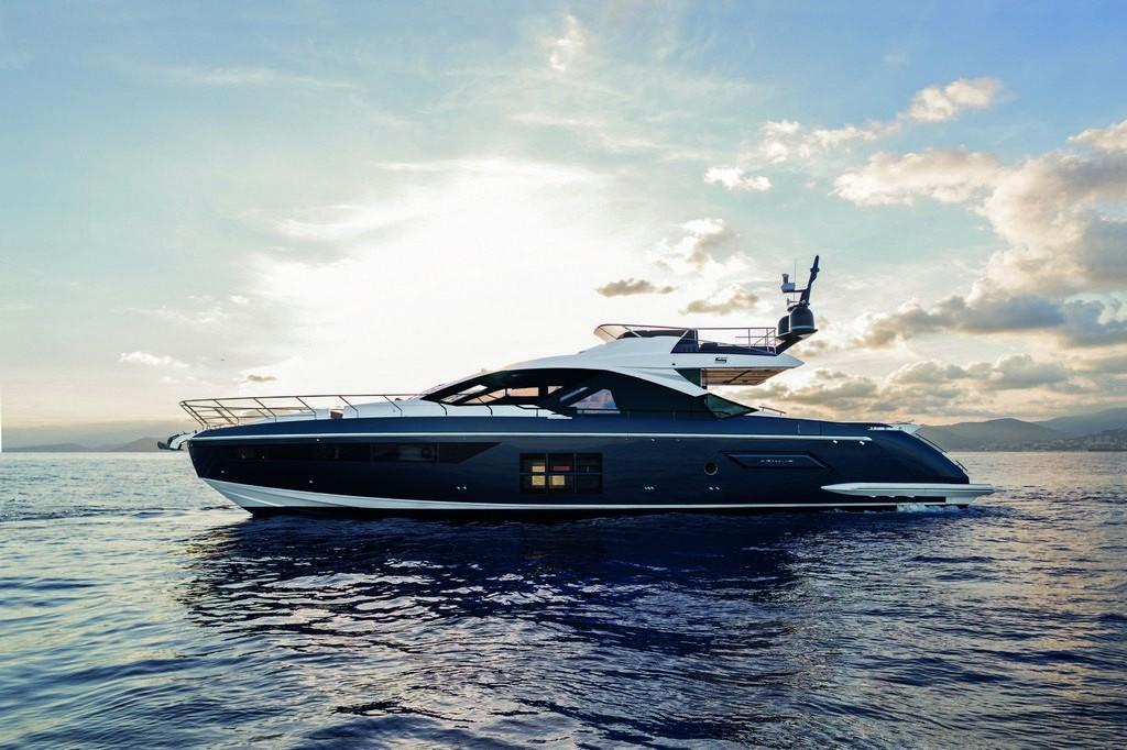 Alquiler de yates de lujo en Ibiza. Alquiler de barcos de lujo en Ibiza.